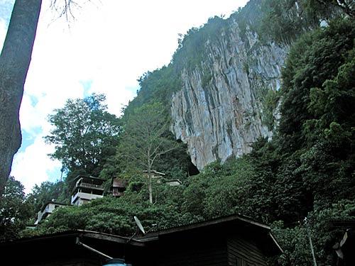 madai-caves-02.jpg