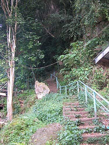 madai-caves-07.jpg