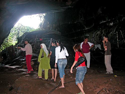madai-caves-18.jpg