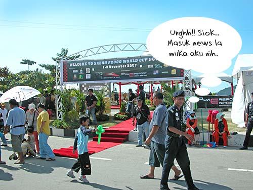 f2000-sabah-boat-race-2008-02.jpg