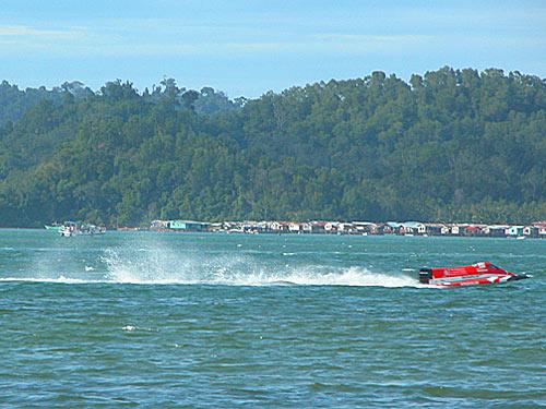 f2000-sabah-boat-race-2008-28.jpg