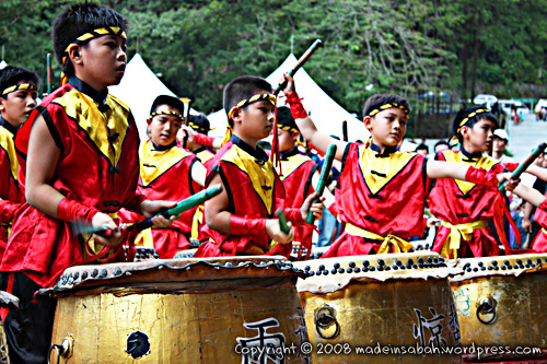 dragonunicornlion-dancefestival2009_1344