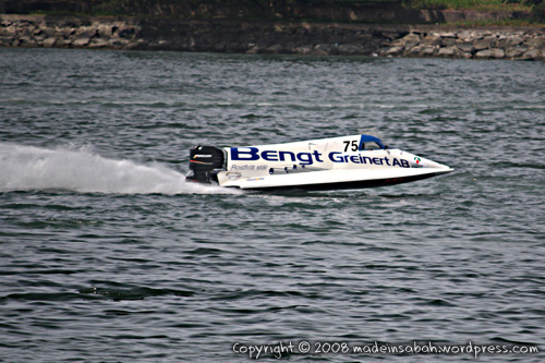 f2sabahworldcuppowerboatrace2008_9109