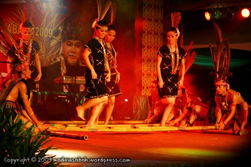 KarnivalTadauKaamatan-DBKK-UndukNgadau-2009_6337