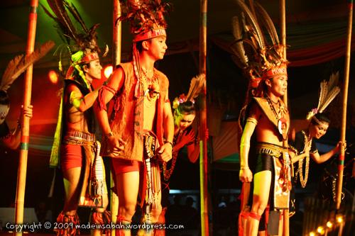 KarnivalTadauKaamatan-DBKK-UndukNgadau-2009_6383