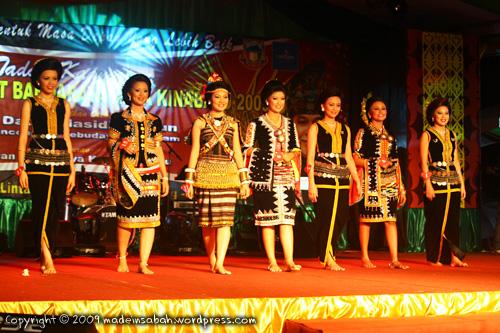 KarnivalTadauKaamatan-DBKK-UndukNgadau-2009_7276