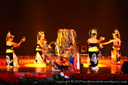 Sabah-International-Folkdance-Festival-2009_1215