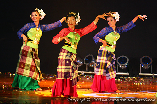 Sabah-International-Folkdance-Festival-2009_1708