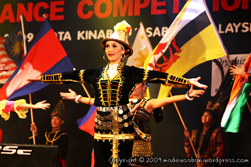 Sabah-International-Folkdance-Festival-2009_1817